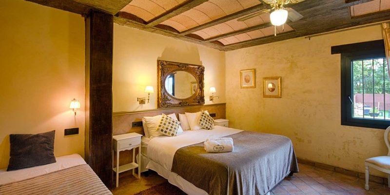 Habitación amarilla Hotel Mas Prat