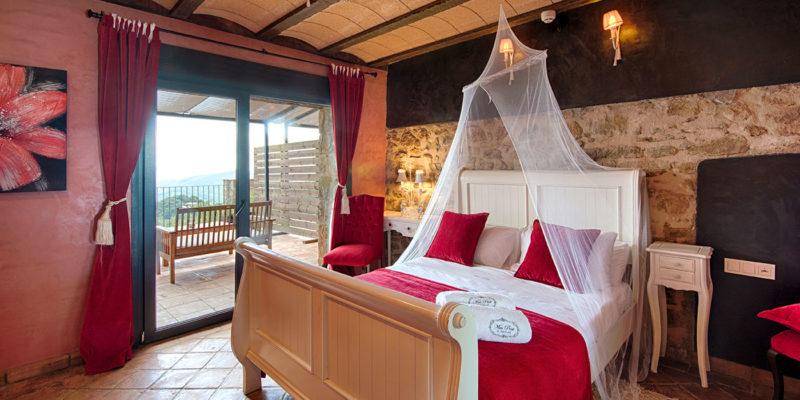 Habitación roja Hotel Mas Prat